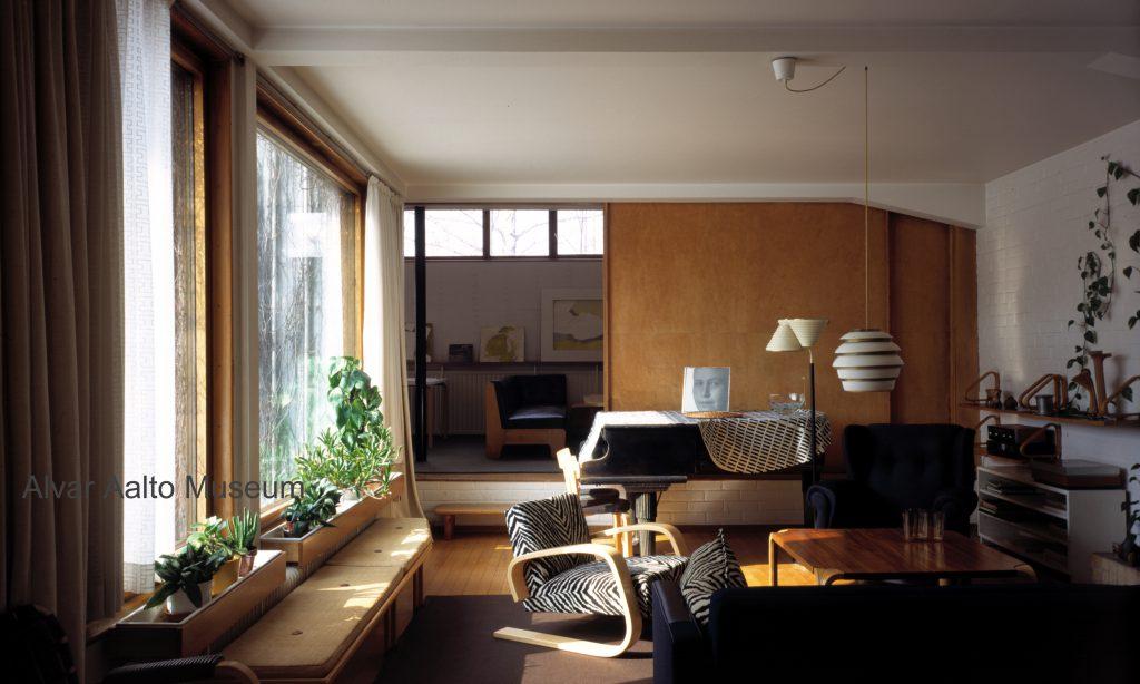 Styl skandynawski w historycznym już wnętrzu domu Alvara Aalto